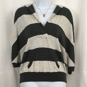 American Eagle hooded top size S ( Great )